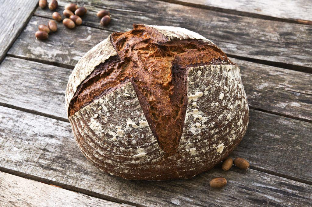 Brot mit Eichelmehl